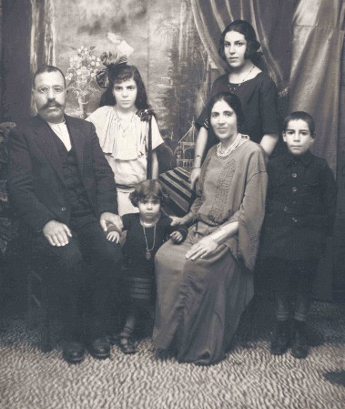 1924-levy-family